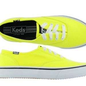 NWT 💛KEDS Sneakers